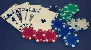 How to face Tight Opponents in a Poker Tournament