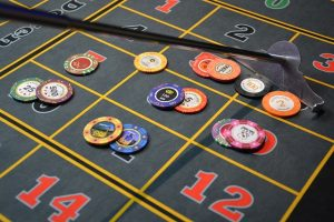 How to Handle Straight Draws in Poker